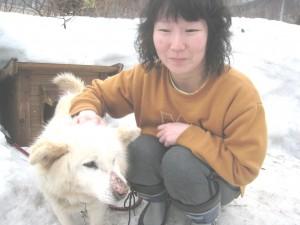 シロ(雑種)。大好きな奈美子と2ショット!2009.3.22